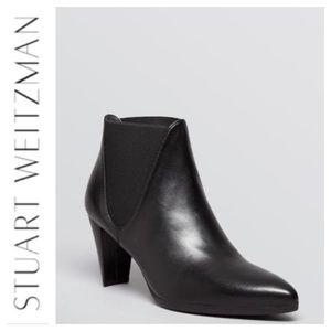 Stuart Weitzman Pointed Toe Black Booties.  Sz 10